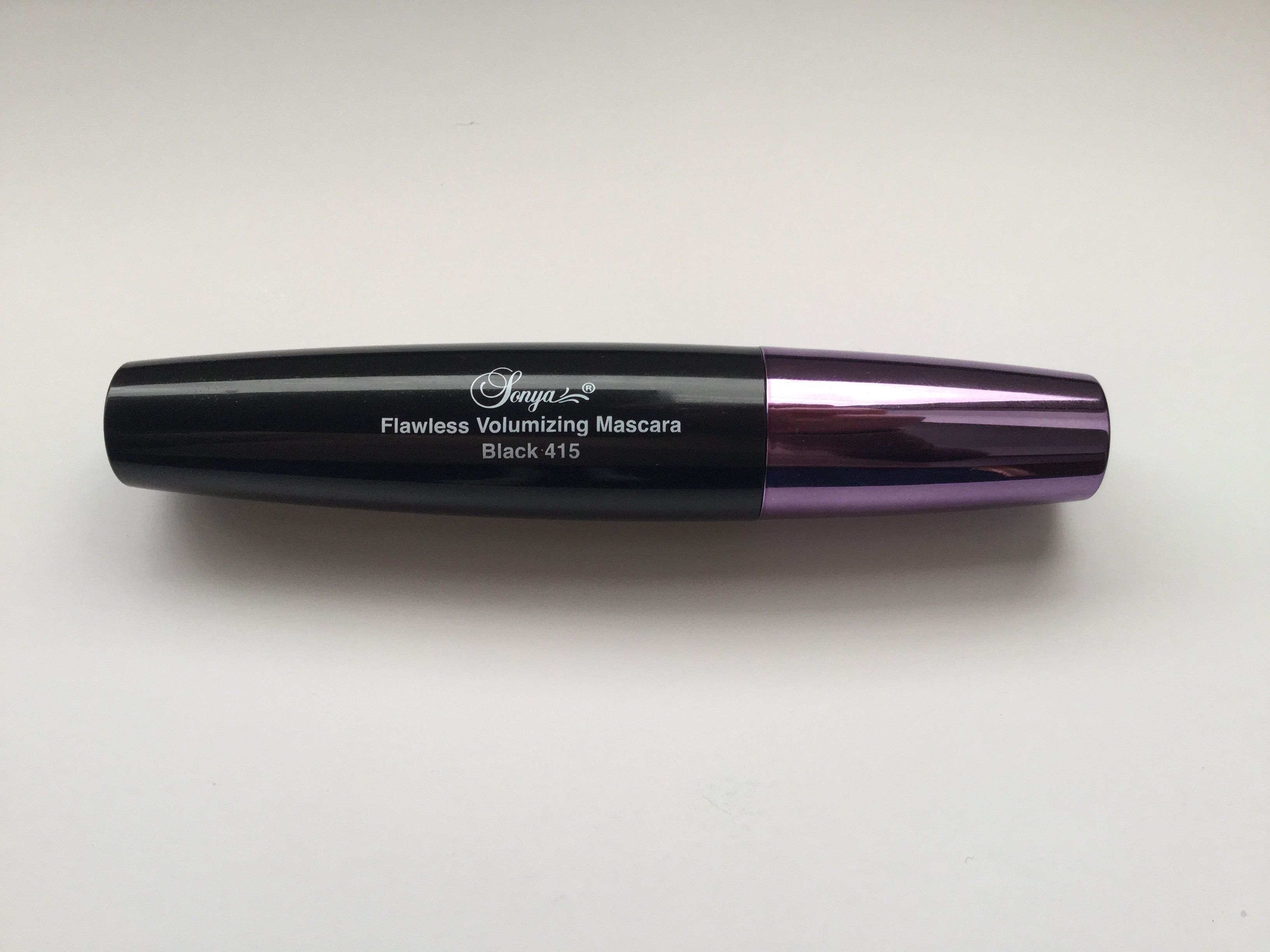 Sonya Flawless Volumizing Mascara