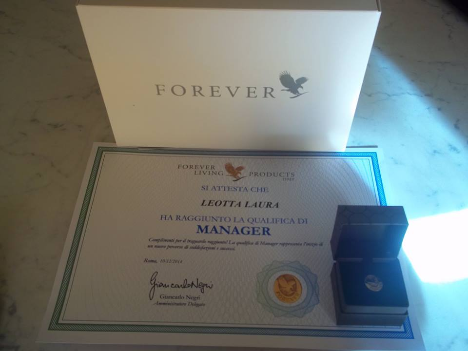 GRAZIE ADEBOLGROUP QUALIFICA MANAGER FOREVER LIVING