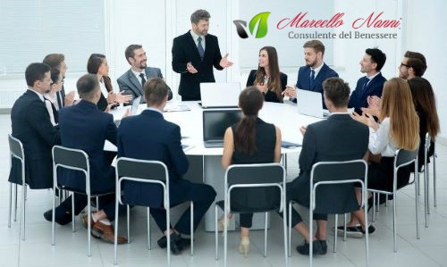 Troppi-incompetenti-ricoprono-ruoli-da-leader-nel-lavoro-744x445.jpg